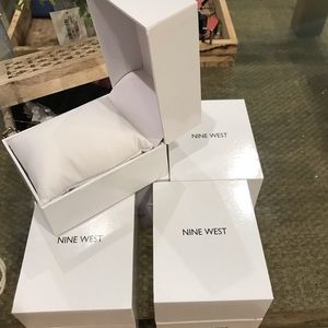 Accessories - Watch case , watch box , Nine West